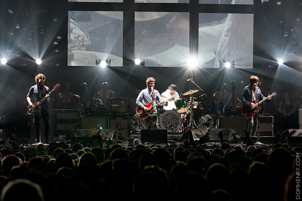 Noel Gallagher's High Flying Birds at Capital FM Arena Nottingham - photo by Dom Henry (c)